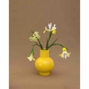 Vase Strøm small jaune de Raawii