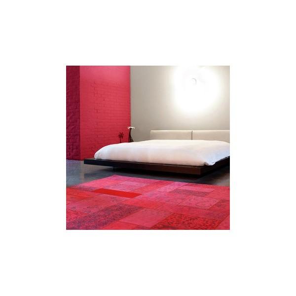 tapis design gipsy rouge patchwork de limited edition. Black Bedroom Furniture Sets. Home Design Ideas