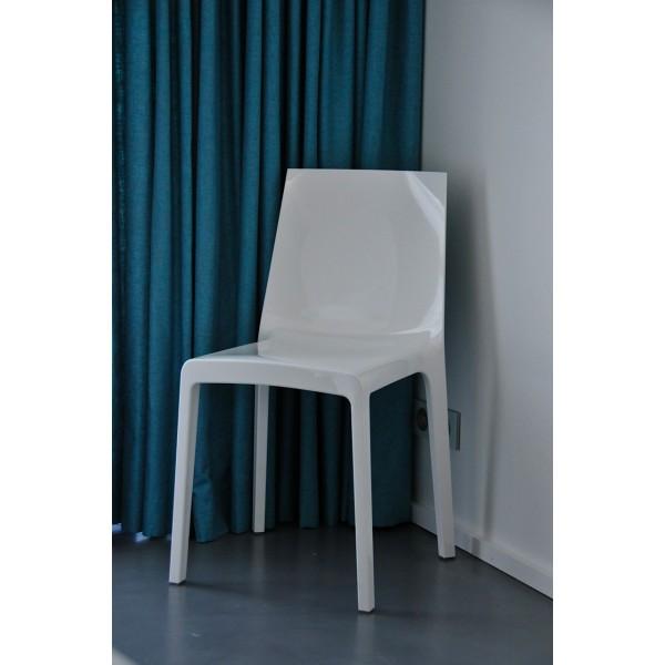 chaise design eveline en polycarbonate blanc de rexite. Black Bedroom Furniture Sets. Home Design Ideas