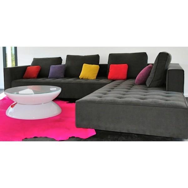 canap design kilt en tissu gris avec m ridienne de zanotta. Black Bedroom Furniture Sets. Home Design Ideas